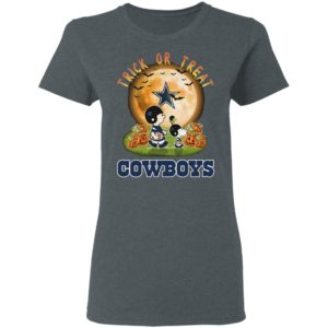 Dallas Cowboys Peanuts Snoopy trick or treat pumpkin moon Halloween shirt