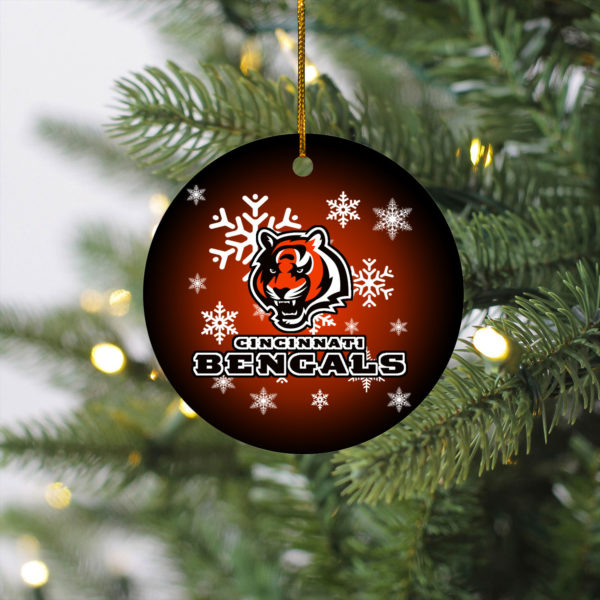 Cincinnati Bengals Christmas Circle Ornament