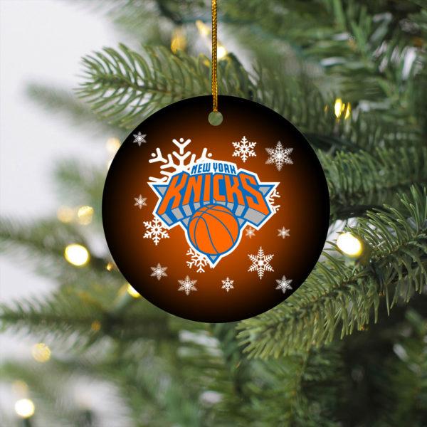 New York Knicks Merry Christmas Circle Ornament