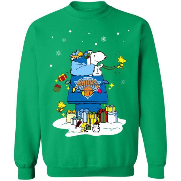 New York Knicks Santa Snoopy Wish You A Merry Christmas Shirt