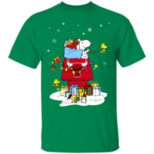 Chicago Bulls Santa Snoopy Wish You A Merry Christmas Shirt