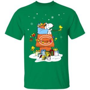 Chicago Bears Santa Snoopy Wish You A Merry Christmas Shirt