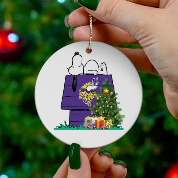 Minnesota Vikings Snoopy Christmas Circle Ornament