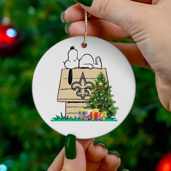 New Orleans Saints Snoopy Christmas Circle Ornament