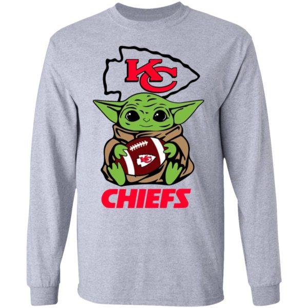 Baby Yoda Hug Kansas City Chiefs Shirt