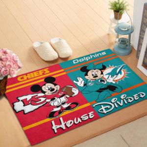 Kansas City Chiefs vs Miami Dolphins Mickey And Minnie Teams NFL House Divided Doormat