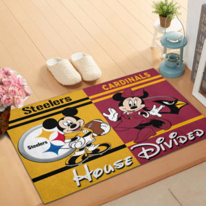Pittsburgh Steelers vs Arizona Cardinals Mickey And Minnie Teams NFL House Divided Doormat
