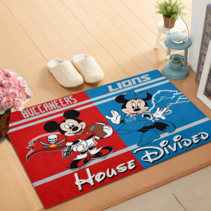 Tampa Bay Buccaneers vs Detroit Lions Mickey And Minnie Teams NFL House Divided Doormat